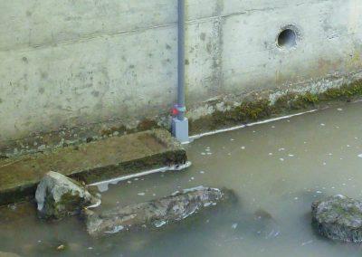 Für Gletscherseen oder Bäche ohne Geschiebefracht bietet sich auch der Einsatz einer Drucksonde an.