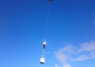 Transport des Materials für das Radarsystem.
