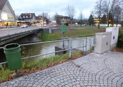 Messstelle Widnau: Hier messen ein Pegelradar und eine Drucksonde den Wasserstand. Wird der Warn- oder Alarmwert überschritten, wird die KNZ direkt alarmiert.