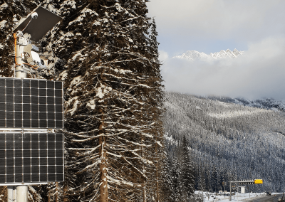 The first avalanche radar system is installed below the summit of Rogers Pass and monitors the avalanche chutes across the valley at a distance of up to 3.5 km.